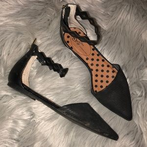 Anthro Seychelles Black Ankle strappy Flats 8